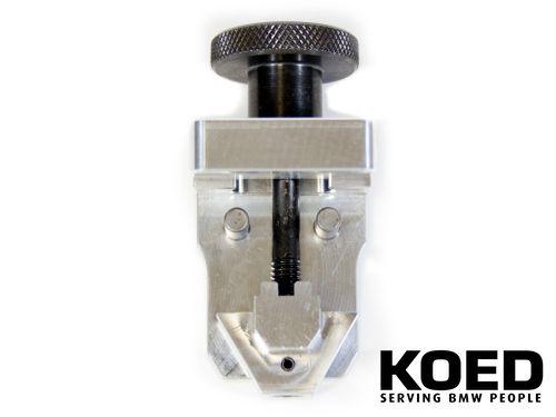 Chain lock tool N62